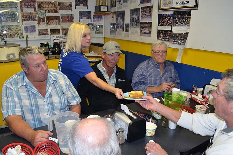 Community s only restaurant moves into arena southwest post for T s dining virden