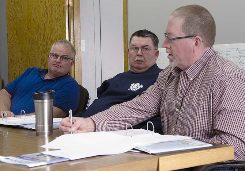 photo shows Whitehead councillors John Bokkel (l), Darryl Speers (c) and Rod McKay (r) during 2018 budget deliberations (photo Glen Kirby)